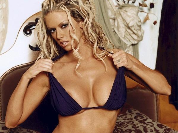 Порно актриса родившаяся 9 апреля 1974 года в лас вегасе